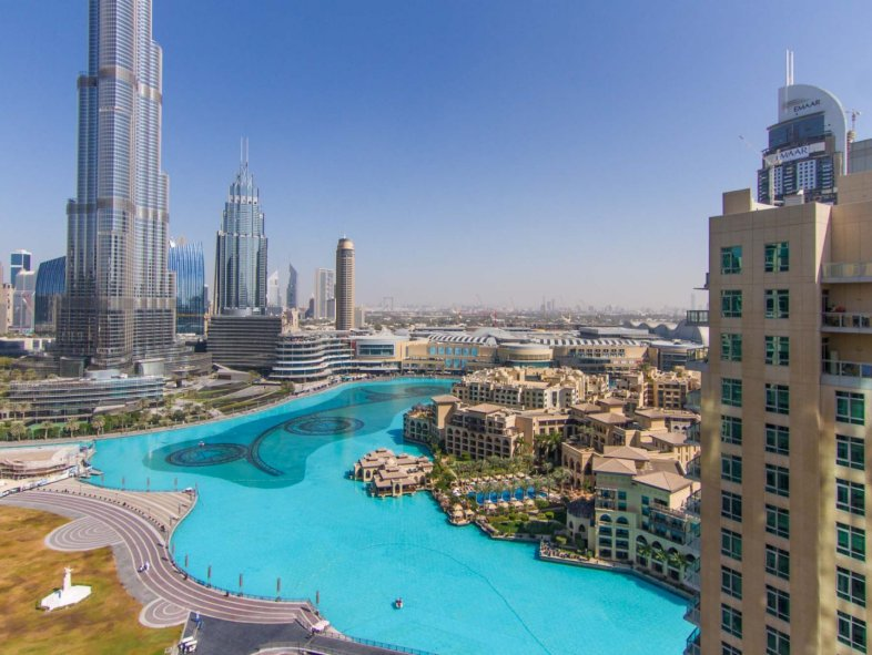 Full fountain view 3 BR Apartment in Downtown Dubai