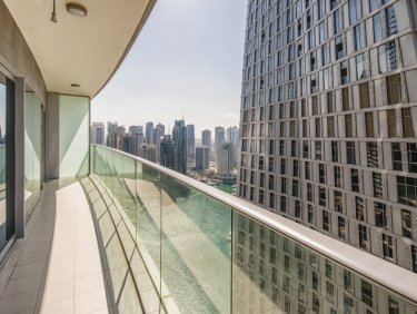 Incredible Sea View 2BR Apartment|  Luxurious Setting