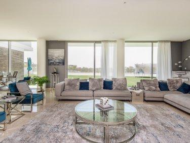 Contemporary Golf Villa with Skyline Views