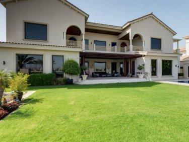 Fully Upgraded Villa | Marina Skyline & Sea Views