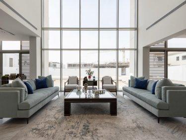 Brand New  Contemporary Villa   Luxury  .