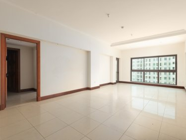 Beautiful Two BR Apartment in Golden Mile 3