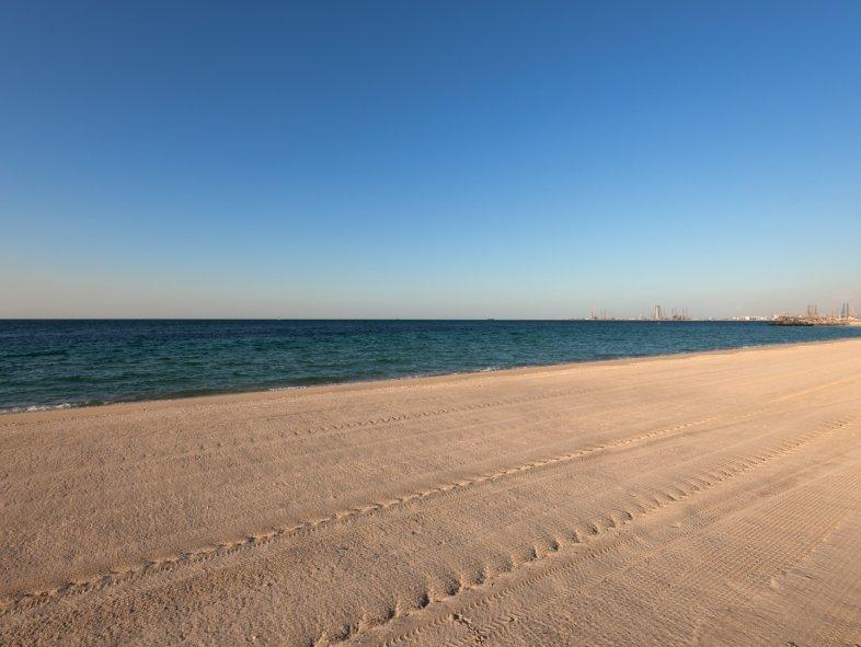 Plot in Jumeirah