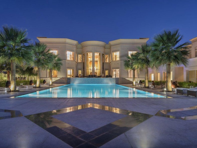 Villa available for sale in L Sector, Emirates Hills