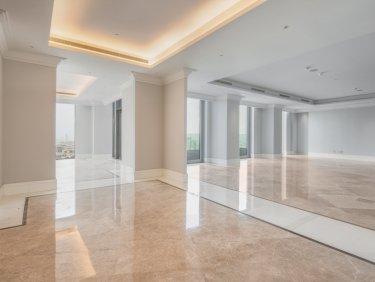 Full Floor Five Bedroom Penthouse