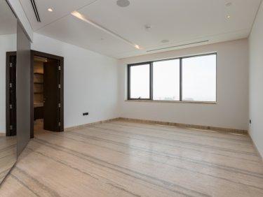 Full Floor | Unfurnished | High Floor