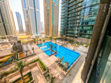 Fully furnished apartment in the heart of Dubai Marina