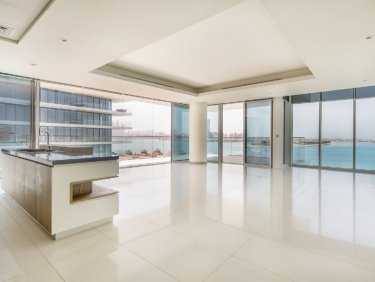 Full Sea View   Contemporary Living