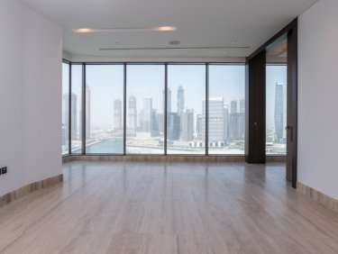 Unfurnished|Ultra Luxurious Full Floor