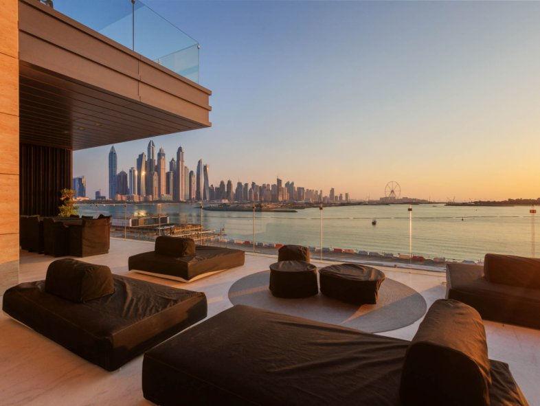 Dazzling penthouse apartment on Palm Jumeirah