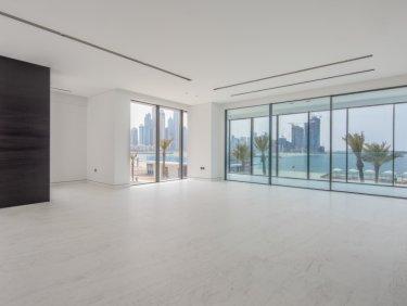 Designer penthouse apartment on Palm Jumeirah