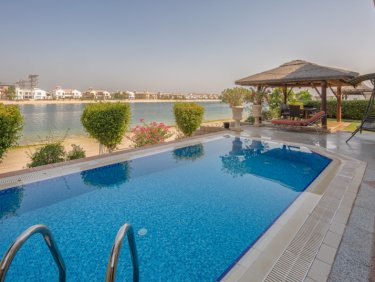 4 Bedroom Garden Home Villa - Frond C in Palm Jumeirah