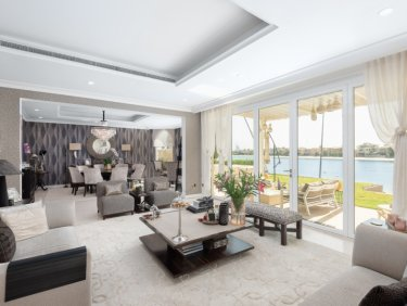Upgraded beachfront villa on Palm Jumeirah