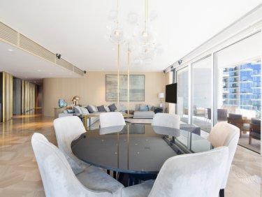 High floor penthouse in Five Palm Jumeirah