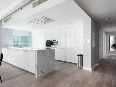 Upgraded luxury apartment in Dubai Marina