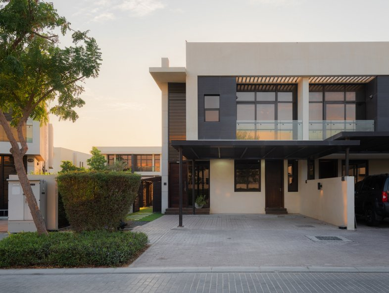 Villa available for sale in Damac Hills, Dubai Land