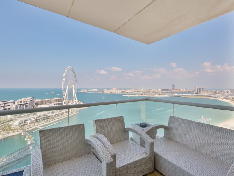 Apartment available for sale in Al Bateen, Jumeirah Beach Residence