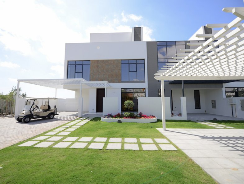 Attached townhouse in Jumeirah Golf Estates