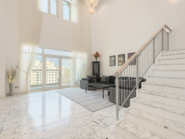 Upgraded penthouse apartment on Palm Jumeirah