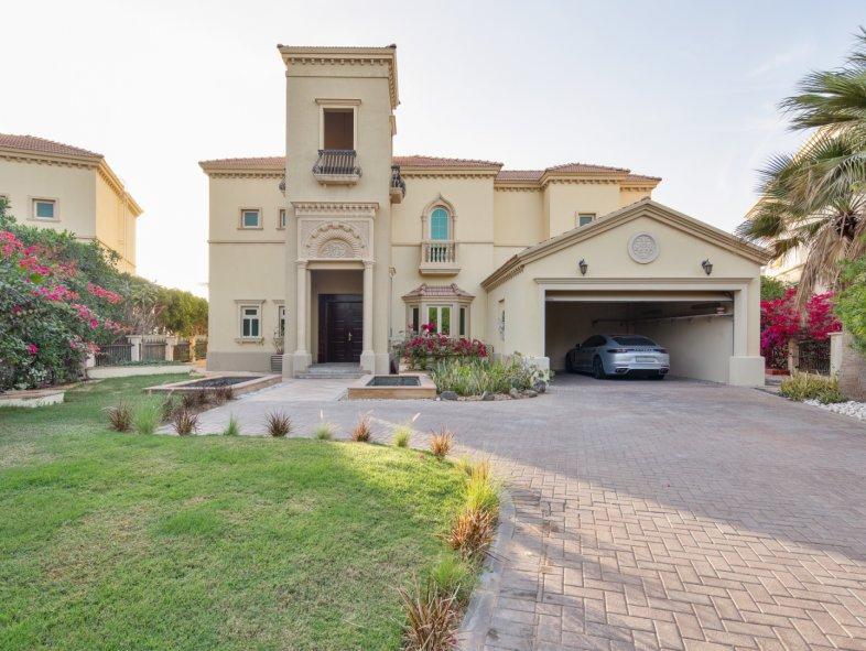 Villa in Jumeirah Islands