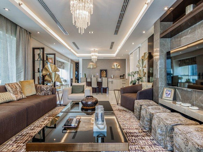 Half floor available for sale in Al Seef Tower, Dubai Marina